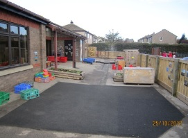"Welcome to the Pudsey Tyersal Primary School <span class=""darkGrey"">Career Site</span>"