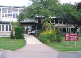 "Welcome to the Pound Hill Junior School <span class=""darkGrey"">Career Site</span>"