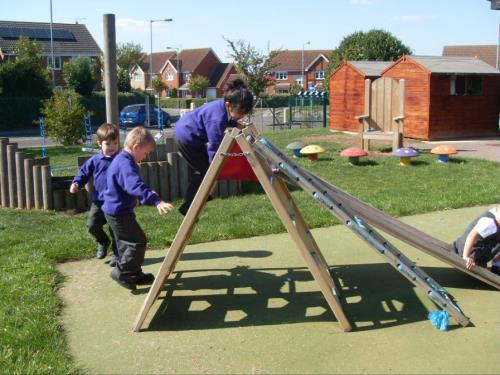 "Welcome to the Fourfields Primary School <span class=""darkGrey"">Career Site</span>"